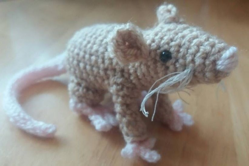 Download Amigurumi mouse crochet pattern - Crochet Patterns immediately at Makerist