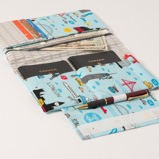 Download Family Passport Holder - PDF Sewing Pattern for ALL your travel documents in one place - Sewing Patterns immediately at Makerist