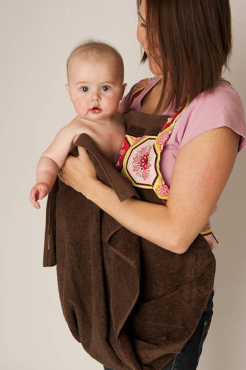 Download Baby Bath Apron Towel and Mitt - PDF Sewing Pattern immediately at Makerist