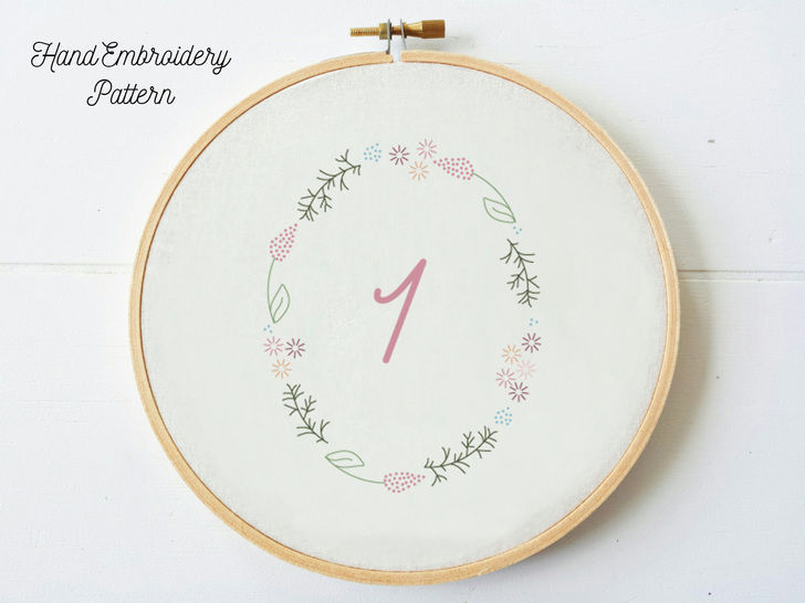 Download Bundle 1-10 Numbers in Floral Frame, hand embroidery PDF pattern & instructions - Embroidery Patterns immediately at Makerist