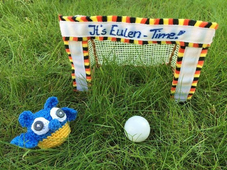 gehäkelte Fußballeule Ukraine| It's Eulen-Time - Häkelanleitungen bei Makerist sofort runterladen