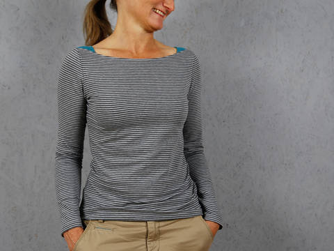 Download MissMarlene  - Basic shirt with shoulder inserts immediately at Makerist