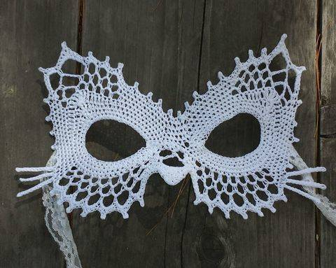 Download Lace Cat Masquerade Mask (dress up or photo prop)- crochet pattern immediately at Makerist
