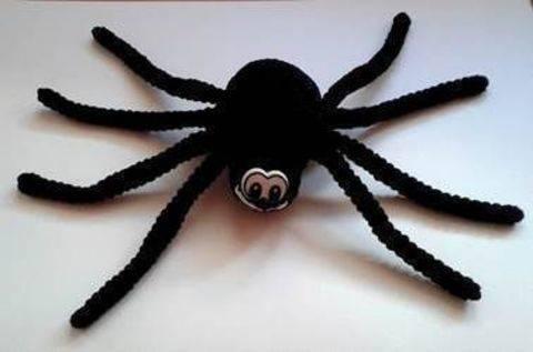 Häkelanleitung Spinne bei Makerist sofort runterladen
