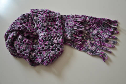 Download Orchid Jam Scarf immediately at Makerist
