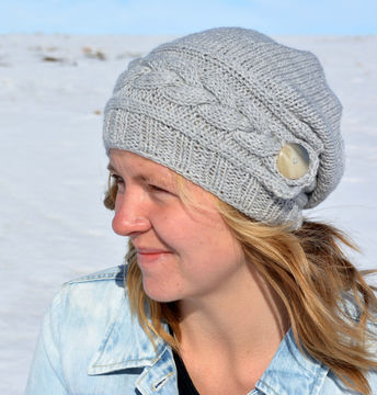 Download Song of Winter Slouch Hat - Knitting Patterns immediately at Makerist