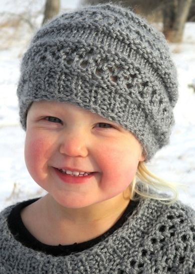 Download Little Miss Kira's Hat - Knitting Patterns immediately at Makerist