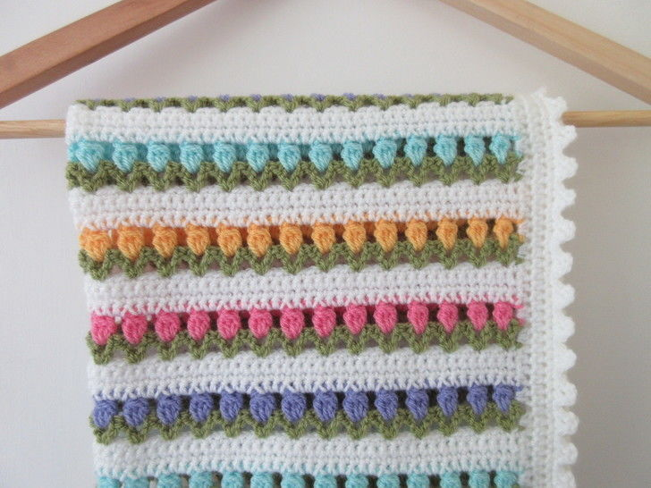 Download Tulip Baby Blanket Crochet Pattern - Crochet Patterns immediately at Makerist