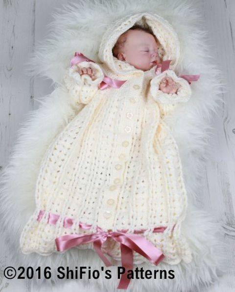 Download CP41 Snuggly Sleeping bag Baby Crochet Pattern #41 immediately at Makerist