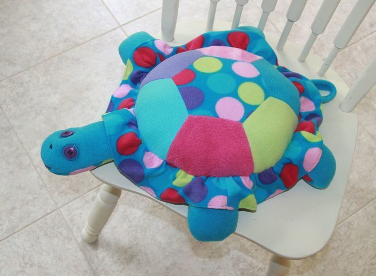 Download Turtle Pillow Sewing Pattern  - Sewing Patterns immediately at Makerist