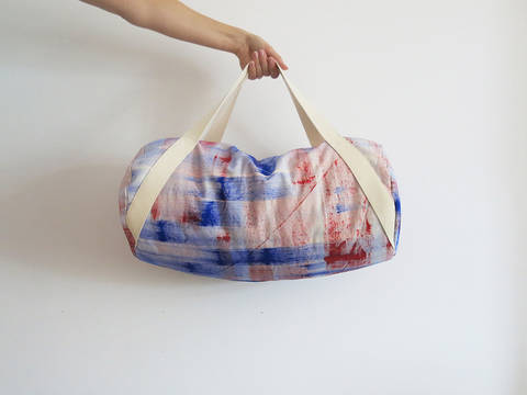 Download duffle bag immediately at Makerist