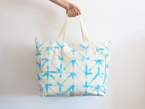Download Large tote bag diaper bag with lots of pockets - Sewing Patterns immediately at Makerist