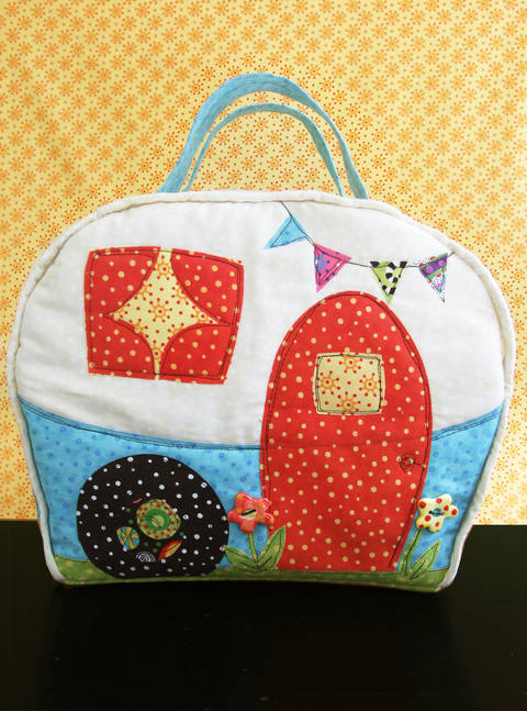 Download Happy Camper Bag Pattern immediately at Makerist