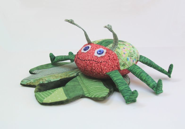 Download Scrap Bag Bug & Leaf Sewing Pattern - Sewing Patterns immediately at Makerist