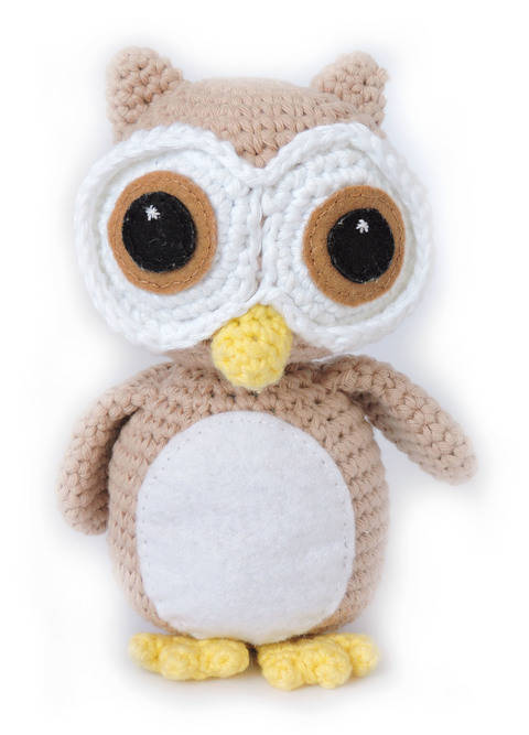 Download Owl Amigurumi Pattern - Oliver the Wide Eyed Owl immediately at Makerist