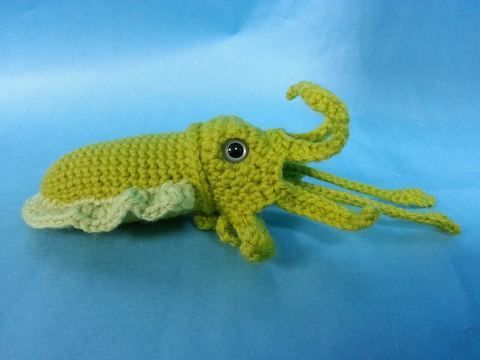 Download Cuttlefish Cephalopod Amigurumi Crochet Pattern + Tutorial - Beginner Friendly - Crochet Patterns immediately at Makerist