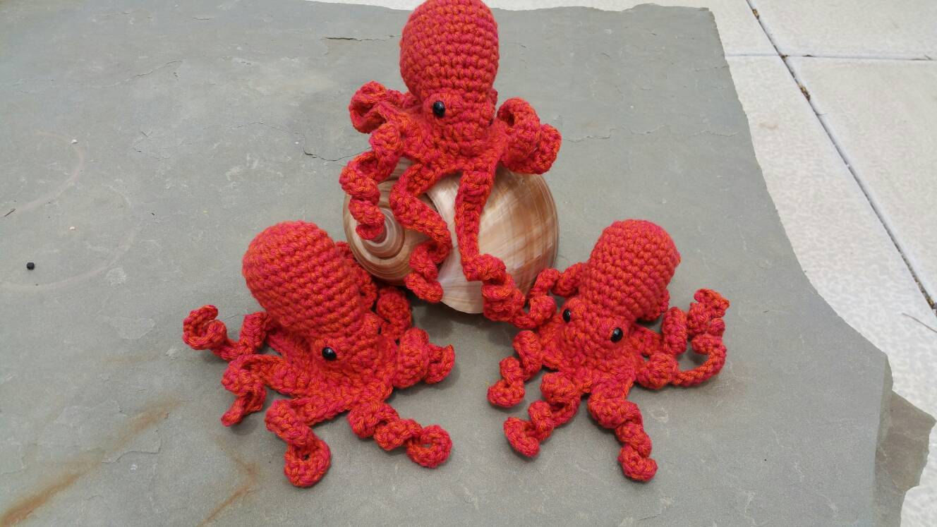 Amigurumi Crochet Pattern : Giant pacific octopus amigurumi crochet pattern tutorial