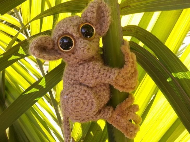 Download Phillippine Tarsier Lemur Amigurumi Crochet Patter + Tutorial - Beginner Friendly - Crochet Patterns immediately at Makerist