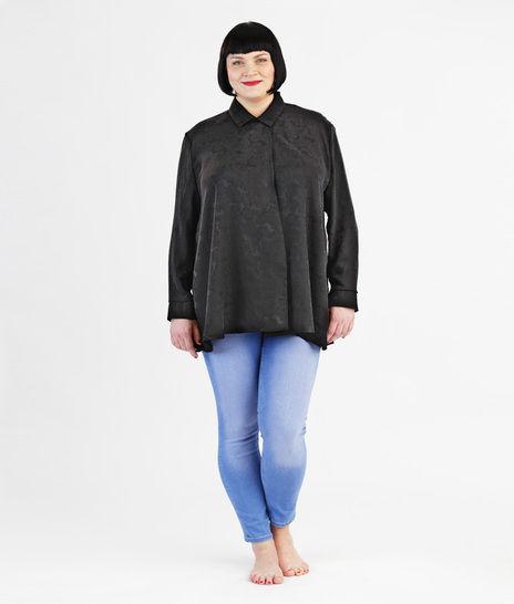 Schnittmuster und Nähanleitung Bluse Michelle für große Größen - Nähanleitungen bei Makerist sofort runterladen