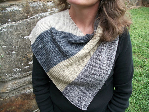 Download Westport Wrap - Knitting Patterns immediately at Makerist