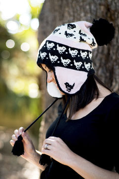 Download Bird Chullo Earflap Hat – Reynolds Knitting - Knitting Patterns immediately at Makerist