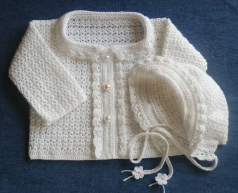 Download Newborn Special Occasion Sweater and Bonnet Crochet Pattern immediately at Makerist