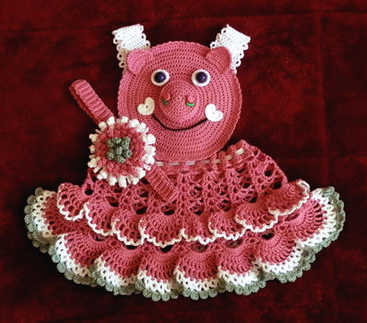 Download Baby Girl Piggie Pinafore 12-36 months Thread Crochet Pattern - Crochet Patterns immediately at Makerist