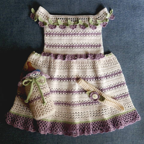Download Baby Girl Crochet Dress, Bottle Cover and Headband Pattern 12 mo immediately at Makerist