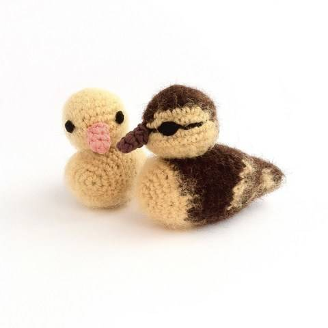 Download Duckling Crochet Pattern immediately at Makerist