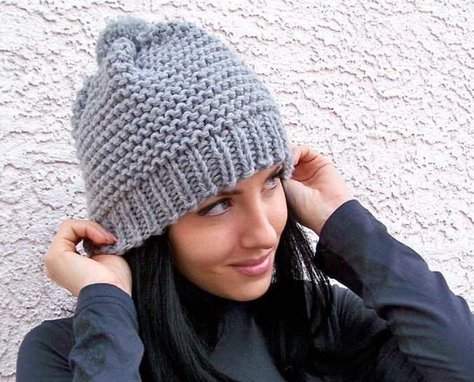 Download Knit Hat, Beanie Hat, Pom Hat, Chunky Hat - Knitting Patterns immediately at Makerist