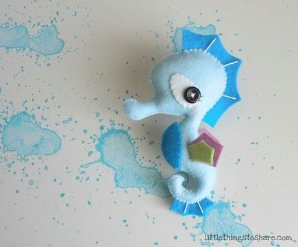Download The Seahorse PDF pattern-Sea animals toy-DIY-Baby's mobile toy-Felt Seahorse ornament - Sewing Patterns immediately at Makerist