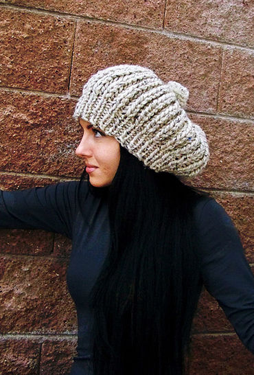 Download Chunky Slouchy Beanie Hat, Pompom Hat  - Knitting Patterns immediately at Makerist