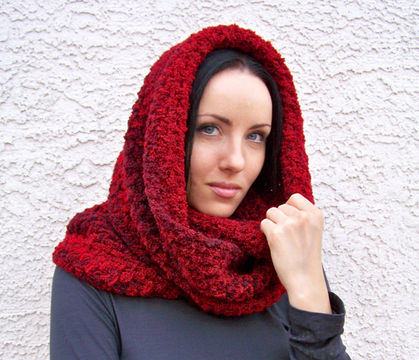 Download Chunky Cowl Scarf, Infinity Scarf, Crochet Wrap - Crochet Patterns immediately at Makerist