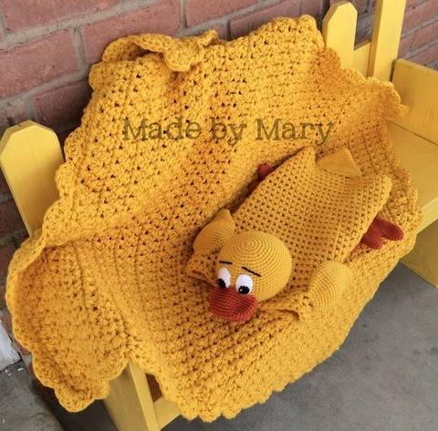 Download Billingsworth the Duck Blanket Buddy immediately at Makerist
