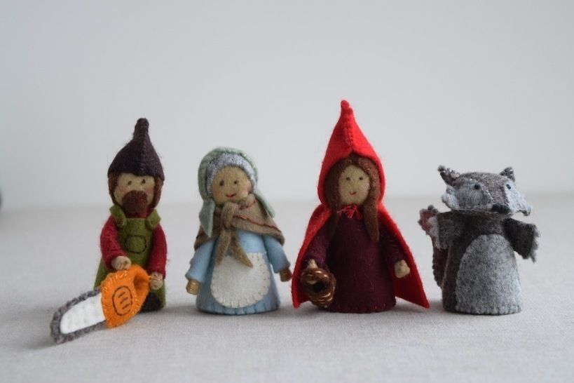 Download Red Riding Hood sewing pattern playset: Red Riding Hood, Grandma, Wolf and Woodsman/Woodswoman Finger Puppet sewing patterns - Sewing Patterns immediately at Makerist