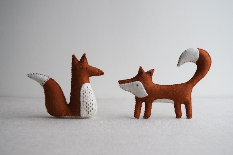 Download Alphonsus & Freya Fox sewing pattern – DIY embroidery sewing pattern for woodland animals softies playset - Sewing Patterns immediately at Makerist