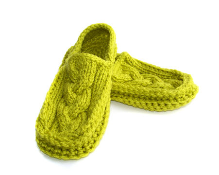 Download Slippers, Moccasin Slippers, Mens Slippers, Womens Slippers, Knit Crochet Slippers - Crochet Patterns immediately at Makerist