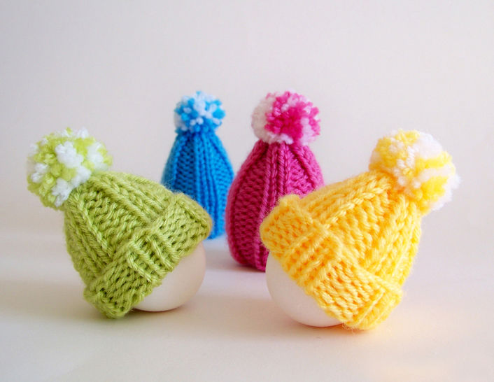 Download Egg Warmer, Egg Hat, Egg Cozy, Kitchen Decor - Knitting Patterns immediately at Makerist