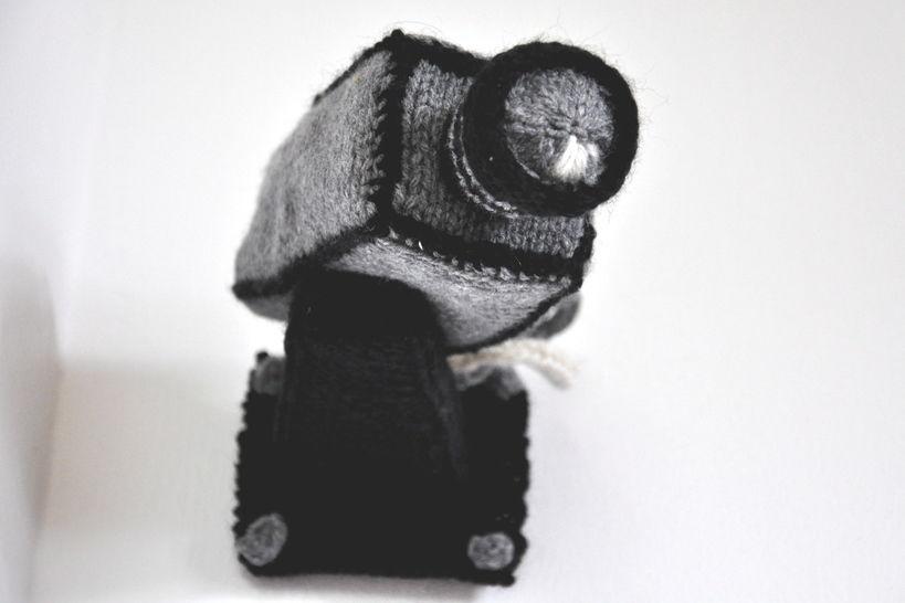 Download Security Camera Knitting Pattern PDF - Knitting Patterns immediately at Makerist