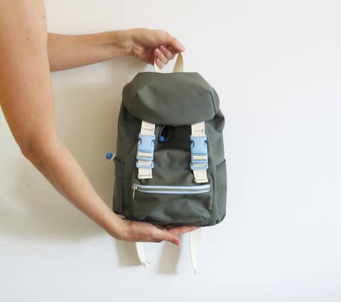 Kinderrucksack No. 2 mit Steckschnallen, Kordelzug und verstellbaren Trägern bei Makerist sofort runterladen
