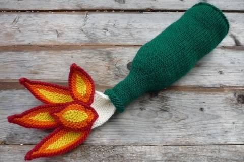 Download Molotov Cocktail Knitting Pattern PDF immediately at Makerist