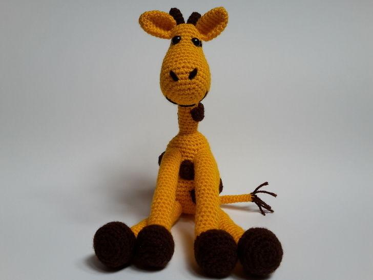 Giraffe Kira – Häkelanleitung für Anfänger - Häkelanleitungen bei Makerist sofort runterladen