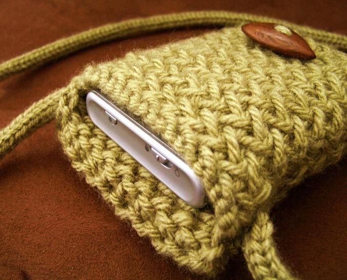 Download Phone Case, Neck Bag - Knitting Patterns immediately at Makerist