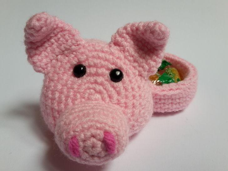 Schweinchenkopf mit Geschenkeversteck / Größe S – Häkelanleitung - Häkelanleitungen bei Makerist sofort runterladen