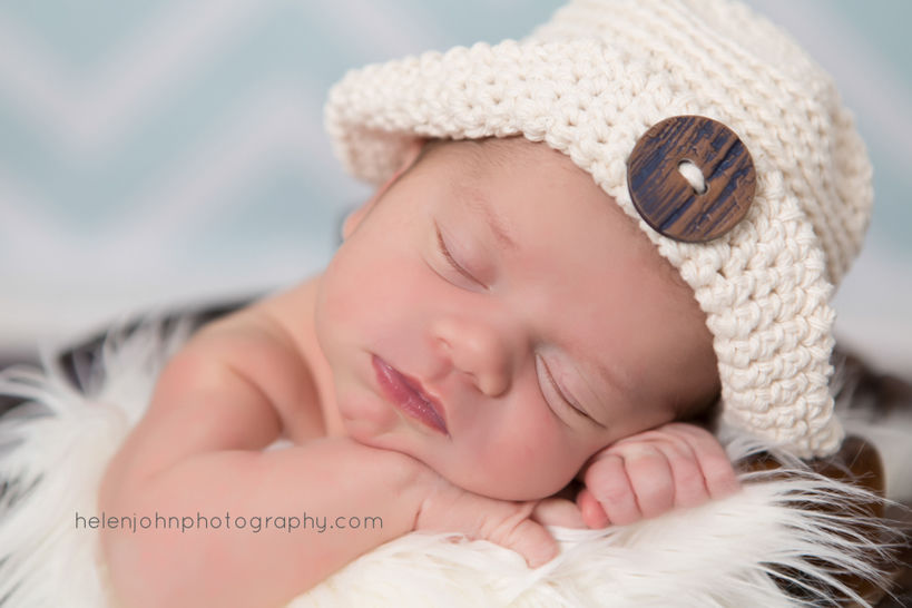 Download Newborn Hat, Sun Hat, Newborn Photo Prop - Crochet Patterns immediately at Makerist