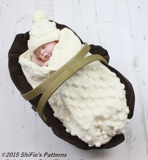 Download CP315 Baby Bobble Cocoon, Papoose & Hat in 2 Sizes Baby Crochet Pattern #315 - Crochet Patterns immediately at Makerist