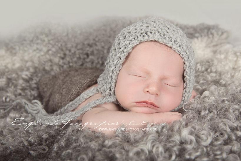 Download Newborn Hat, Newborn Bonnet, Newborn Photo Prop - Knitting Patterns immediately at Makerist