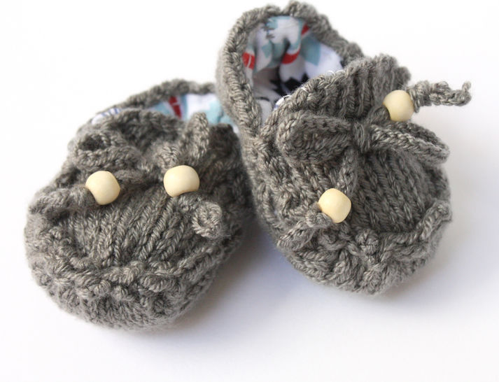 Download Baby Moccasin Loafers - Knitting Patterns immediately at Makerist