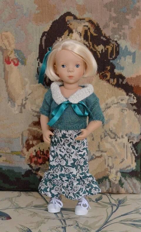 """Télécharger """"Légèreté d'émeraude"""" Patron pour poupée Minouche de Petitcollin 32 cm tout de suite sur Makerist"""