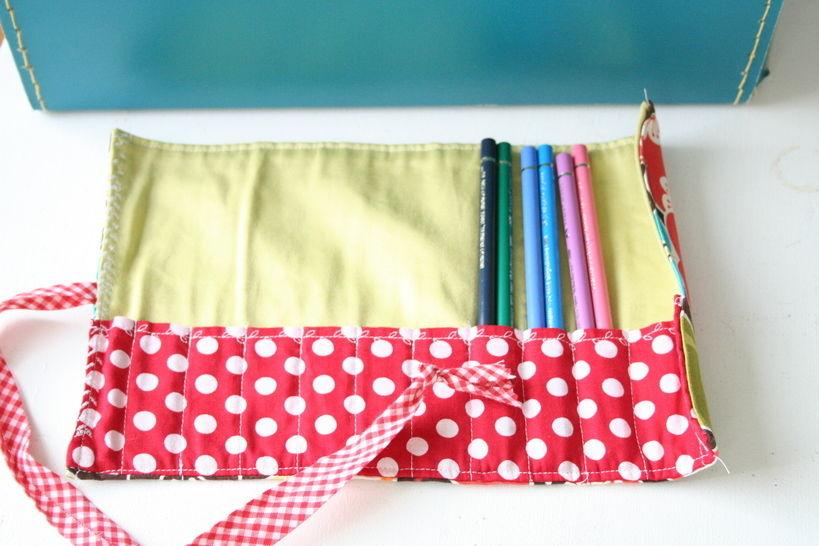 Stifterolle, für 12 dicke oder 24 dünne Buntstifte - Nähanleitungen bei Makerist sofort runterladen